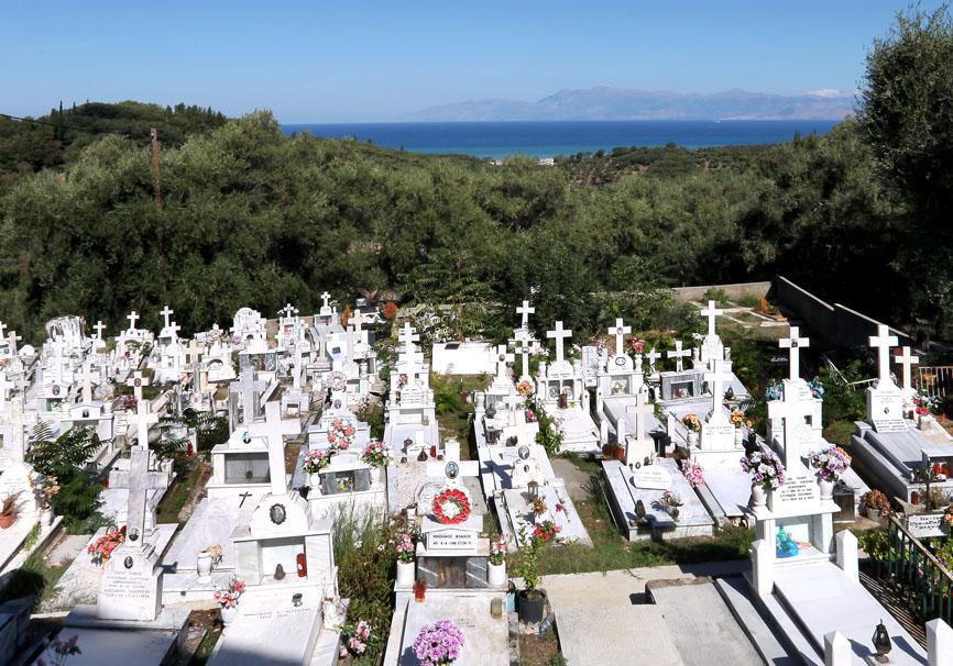 Korfu - Panteleimonas -  - Griechische Friedhöfe - Greec cemeteries