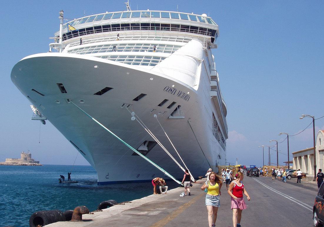 Rhodos Kreuzfahrtschiff -  - Hafen - port