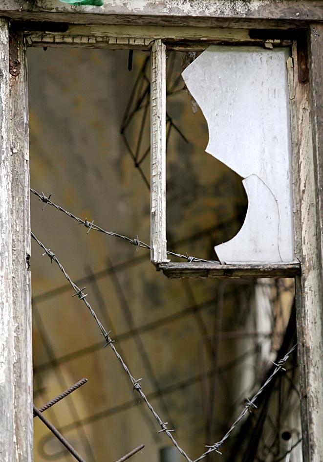 verlassen - Griechenland - Fenster und Türen - doors and windows