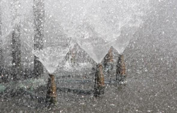 Springbrunnen -  - Wasser - water
