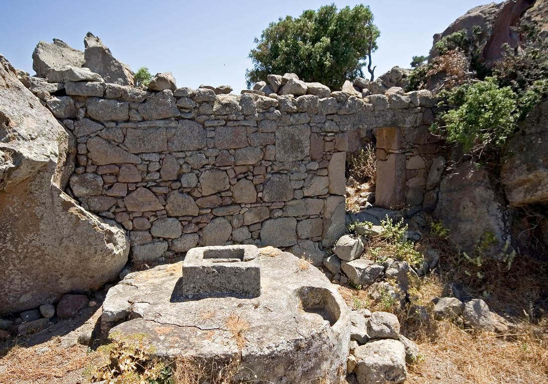Nisyros  - Brunnen - Ursprüngliche Landwirtschaft - pristine landscape