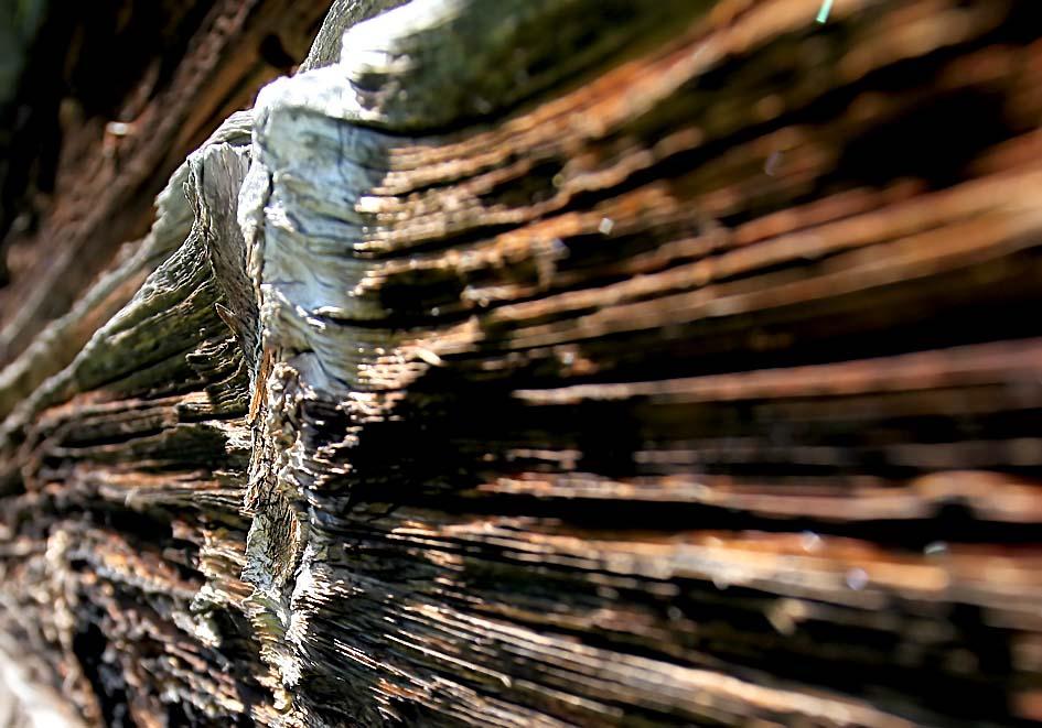 verwitterter Holzstadel -  - Holz - Wood